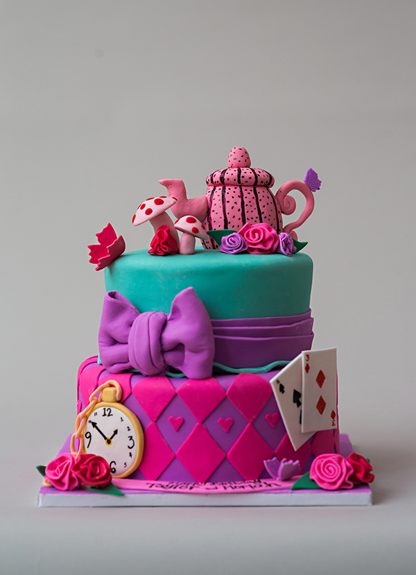 Alice In Wonderland Mad Hatter Cake Mondeliceblog